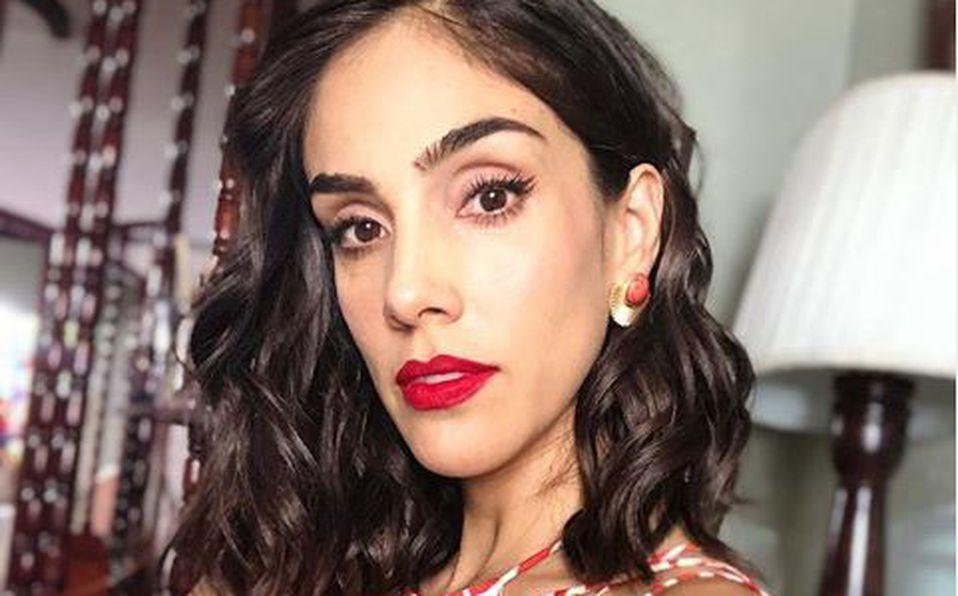 Ella es la desconocida y guapa hermana de Sandra Echeverría