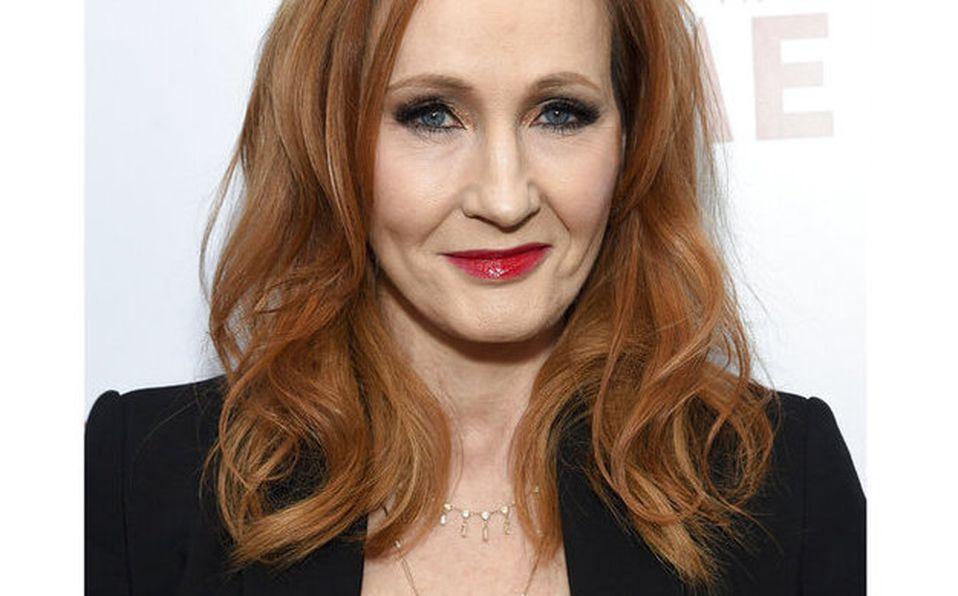 J.K. Rowling compartió su experiencia con sus seguidores de redes sociales (AP).